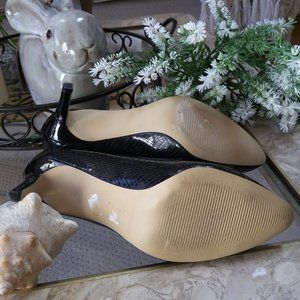 Ann Taylor Shoes - ANN Taylor BLACK Textured Heels PUMPS SZ 8M
